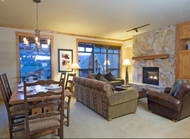 First Tracks Lodge Suite